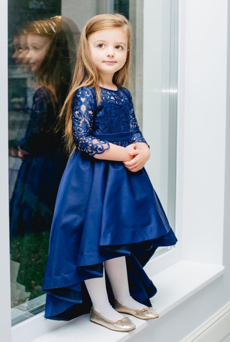 6a176ffa7d232e ... Dziecięca koronkowa sukienka asymetryczna z ogonem dłuższy image 5