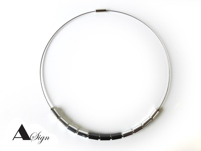 Aluminum /& Stainless Steel Choker Collar Necklace Screw Cap Chain A Sign