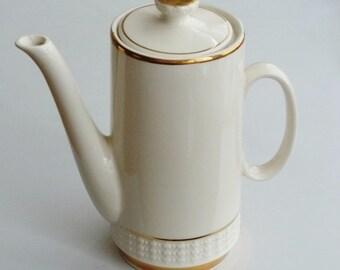 Gefäße Schlussverkauf Alter Krug Vase Wasserkanne Kanne Tonkanne Milchtopf Milchkanne Blumenvase
