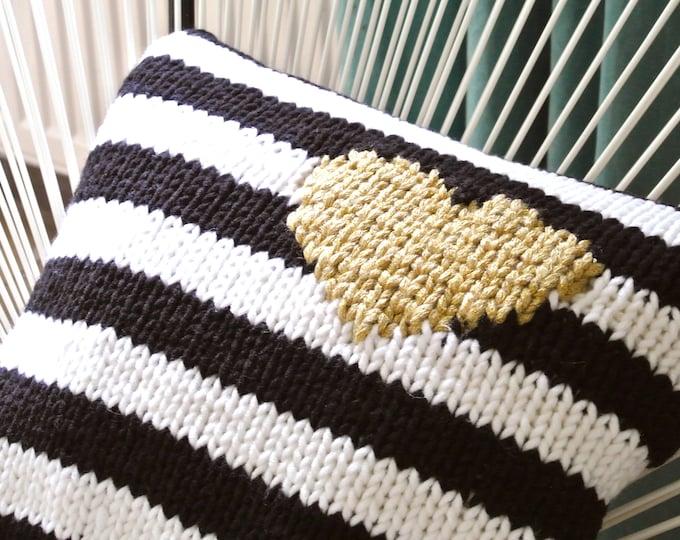 Knitted pillow strips-heart gold