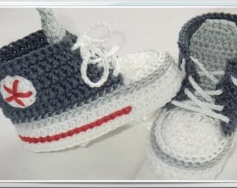 e54af09694c9a5 Babyschuhe Sneakers Chucks gestrickt  gehäkelt 10 cm