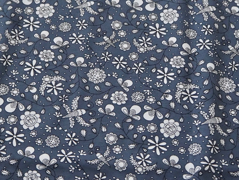 Designer fabric Bio-Jersey Fantastico Flower in image 0