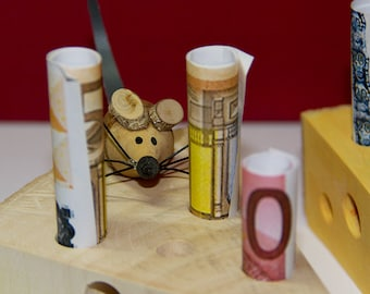Cheese corner with mouse made of wood as a monetary gift for birthday, Easter, wedding and other occasions