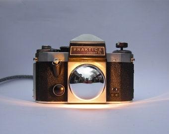 CameraLamp Praktica SuperTL