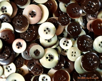 Buttons, BEIGE, BRAUN, mother-of-pearl optics, plastic buttons in 4 sizes to choose from