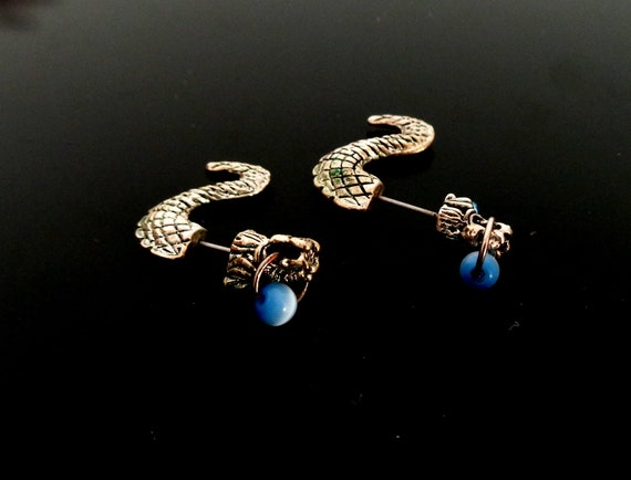 1960 /'s glass beads /& rhinestones decorated very beautiful earrings Ohrschrauben earrings-the blue Navette bead has a light Moonglow