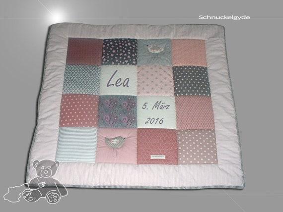 Krabbeldecke mit Namen, Babydecke, Krabbeldecke mit Namen Lea Patchworkdecke, personalisiert