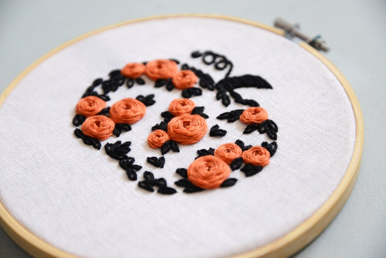 Halloween Pumpkin Embroidery PDF Pattern Modern Hand Embroidery Decor DIY Hand Stitched Hoop Art Beginner Floral Embroidery Pattern