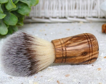 Shaving brush SIR GEORGE vegan synthetic hair with olive wood handle