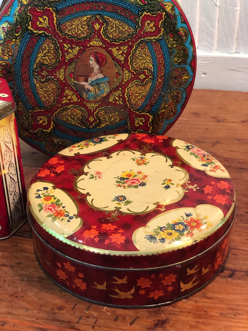 Floral Biscuit Tins Likely 1930s Largest Round Wonder Fruitcake Tin Approx 8 14D x 3 14H England Red 1950s Set of 3