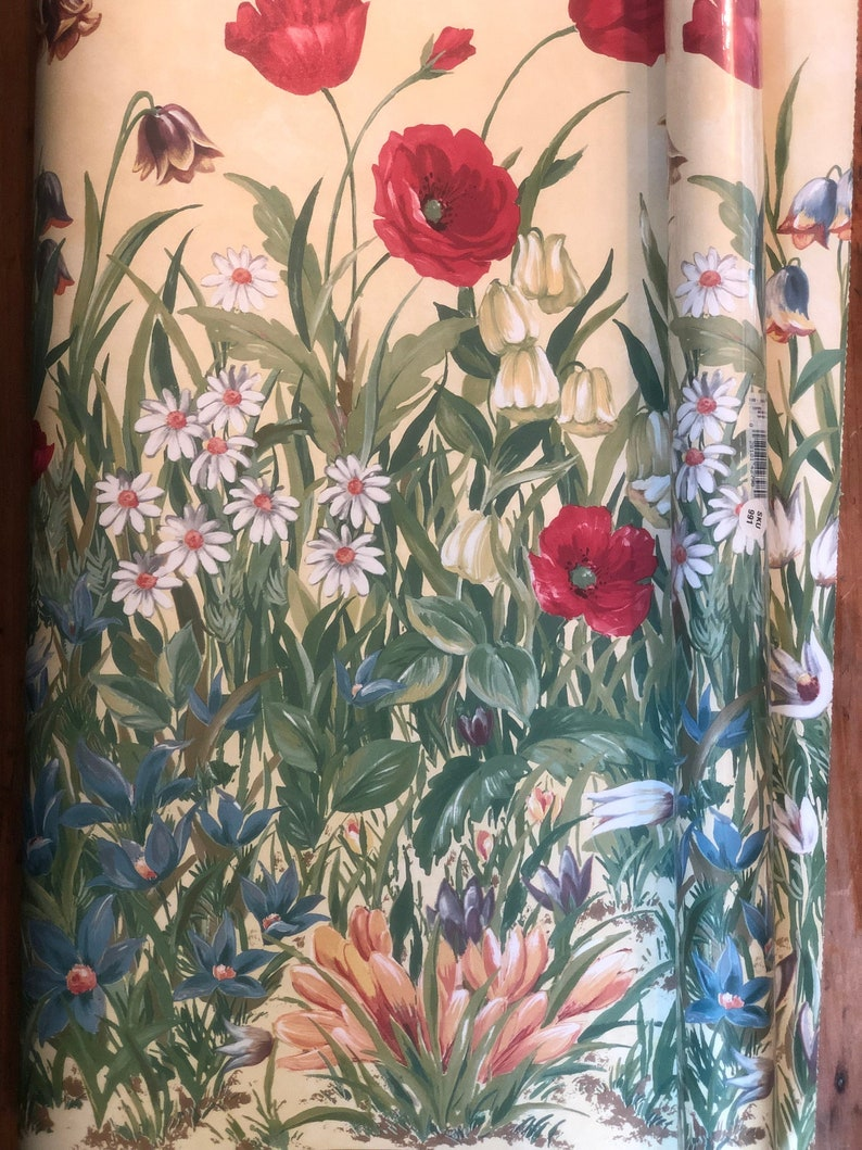 Two Rolls Of Vintage Floral Wallpaper Approximately 5 Yards X Etsy