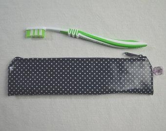 Toothbrush bag dots on dark blue
