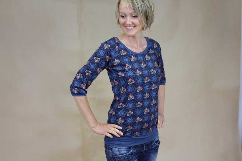 Longsleeve 3/4 sleeve smiles jersey blouse in many patterns image 0