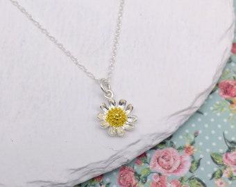Enamel flower flora gold initial E necklace daisy birthday gift jewellery