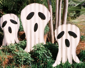 handcrafted corrugated metal ghosts yard garden stakes set of three