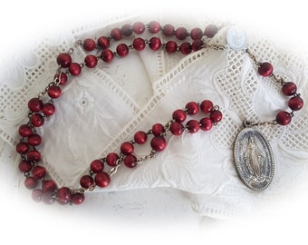 Beautiful rosary in red 01