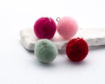 5 hübsche alte rosa Pompons//Bommel