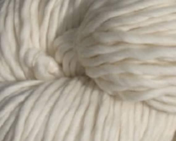 Ashland Bay - Jillian - 100% Super Bulky, Single Ply, Peruvian Merino Wool, 250 gm, 150 yards