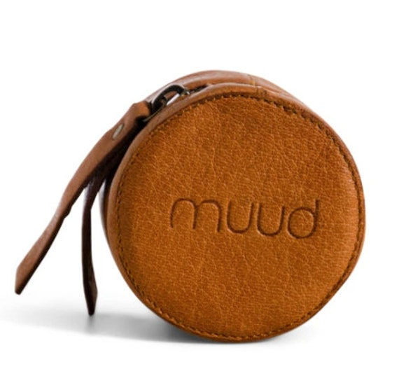 MUUD Helsinki - Luxury Leather Case for Notions - Height/5.5cm - Diameter/7.5cm