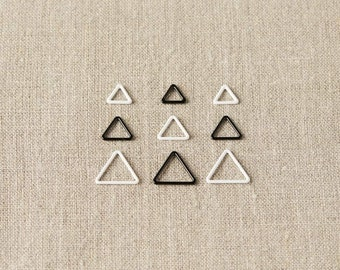 Cocoknits - Triangle Stitch Markers - Extra Small