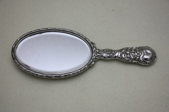 Antique hairdressing mirror with hairbrush, make-… - image 3