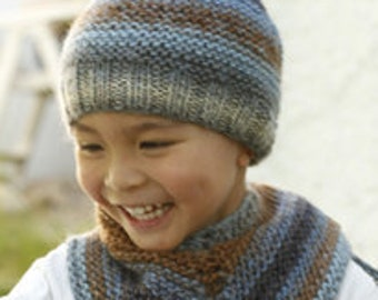 Children's hat and cloth hand-knitted