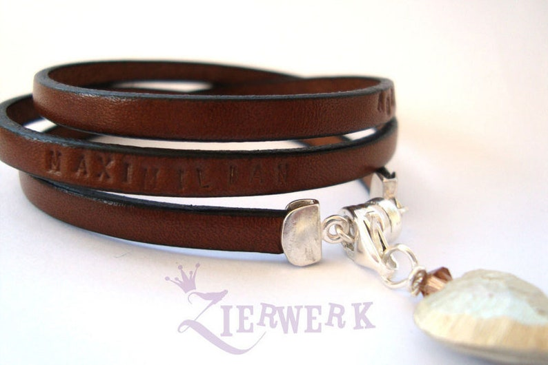 Leather bracelet with individual text family ribbon stamp image 1