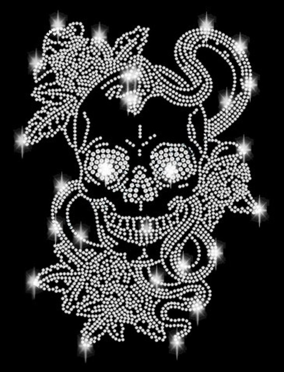 Strass Hot Fix Bügelbild Top Design Totenkopf Skull