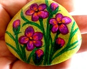Easter decoration, pebble painted,handpainted stone, lucky charm, flowers stone, nature stone, bouquet stone