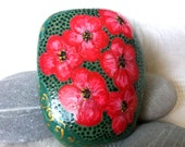 Easter decoration, pebble painted, handpainted stone, lucky charm, Easter stone, gift stone, floral stone, unique stone