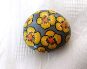 Easter egg, Easter decoration, pebble painted,handpainted stone lucky charm, Easter egg