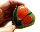 Easter decoration, stone gift, handpainted stone lucky charm, floral stone, stone gift, tulipstone