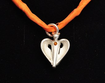 Guardian angel for children made of silver with orange diamond, small angel heart-shaped, also as baptismal decoration or for communion, confirmation