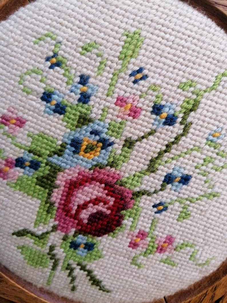 beautiful vintage flowers picture tapestry