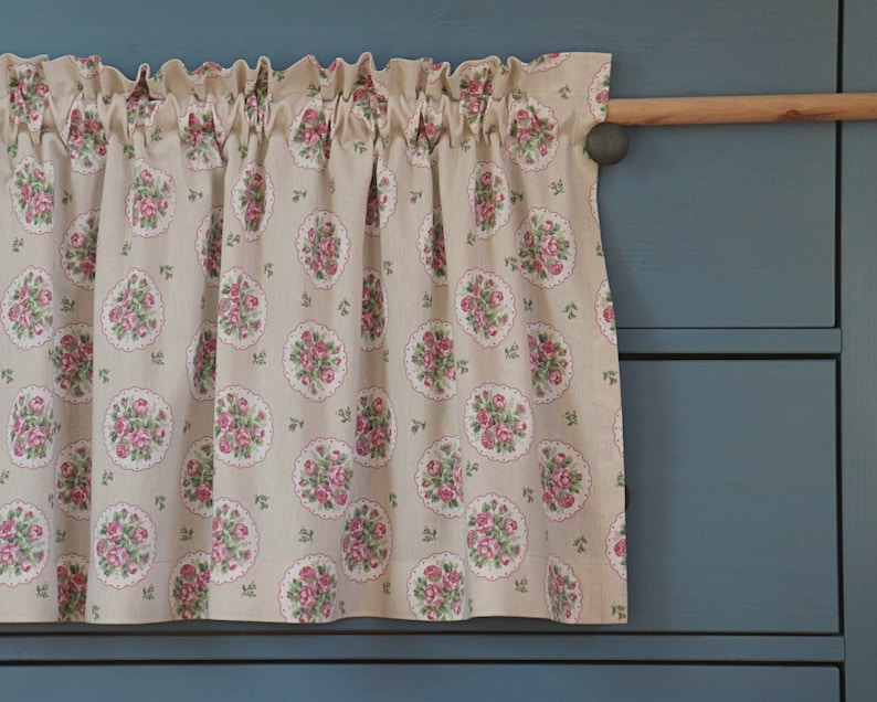 rustic lambrequin with decorative bangs height 50cm width from 100cm to 400cm
