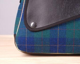 "Light and resistant bag, modern bag, original bag, bag for daily use, special bag, bag with lid, zipper bag, Bag ""Milan"" mini plaid"