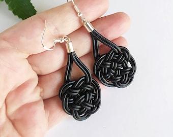 Leather and silver earrings with Celtic knot of eternal love, long earrings with Celtic symbol, braided earrings boho, irish earrings