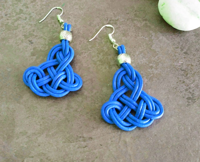 Leather and silver earrings with infinite celtic knot women's image 0