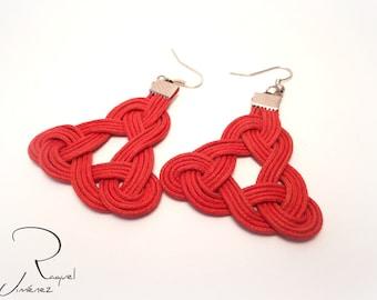Celtic trinity symbol earrings, irish triskel knot earrings, Celtic triquetra earrings, braided red cotton earring, irish earrings.