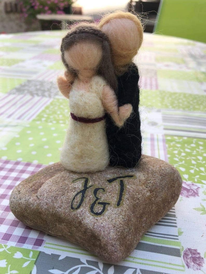 Felt newlyweds wedding gift, bride groom miniature