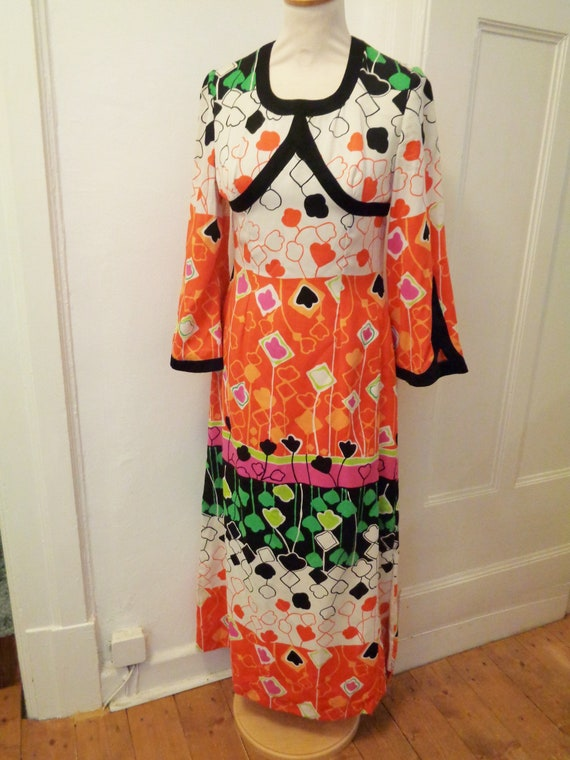 great maxi dress 70s orange white green