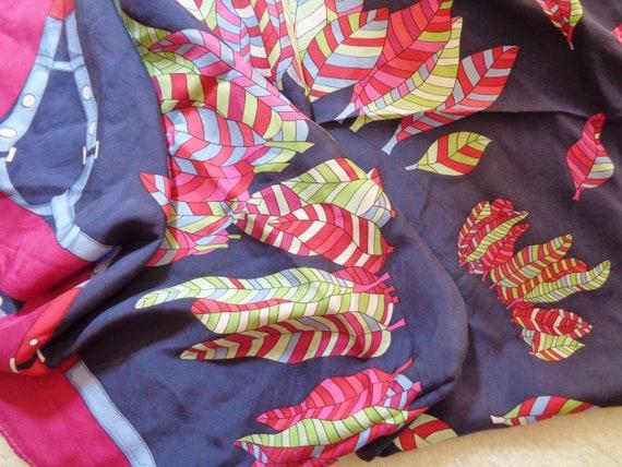 colorful silk scarf 70s motif dark blue