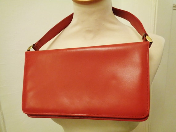 Vintage! bright red bag 50s