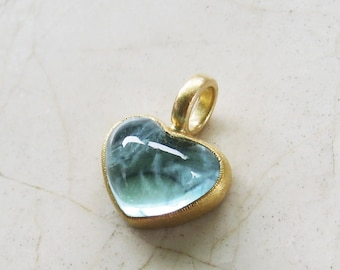 Aquamarine heart pendant, 750 and 900 gold, recycled, sea blue heart pendant, aquamarine cabochon, unique piece by Christiane Wendt