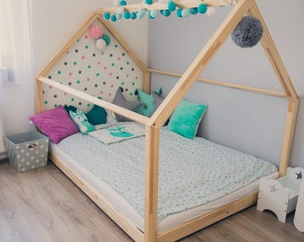 Cot / house bed 120 x 200 cm