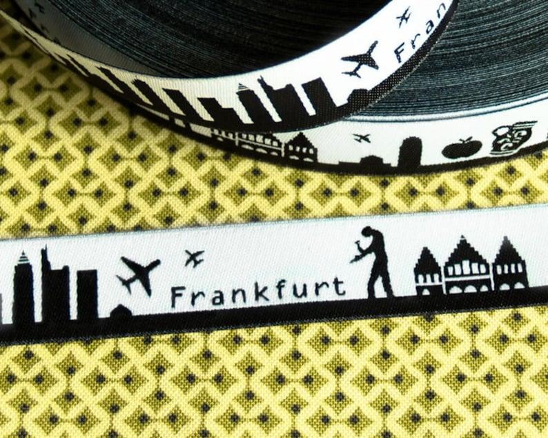 ribbon: Frankfurt skyline image 0