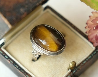 Vintage Art Deco 1920s 1930s Oval Tiger's Eye and Silver Ring, UK Size I 1/2, US 4.5, Autumn Fall Birthday, Christmas, Evil Eye Protection