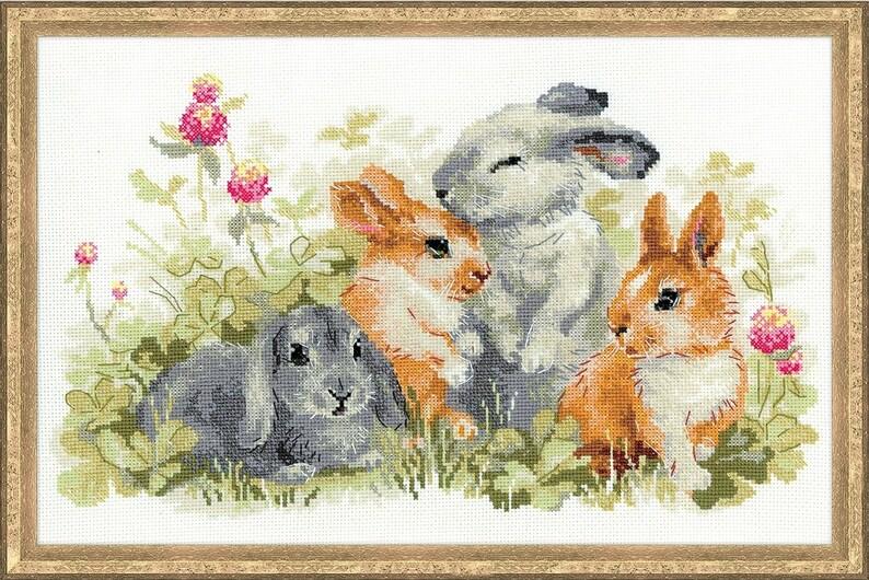 Cross stitch Set 4 Rabbit in the Garden image 0
