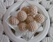 5 crochet beads Ivory crochet balls