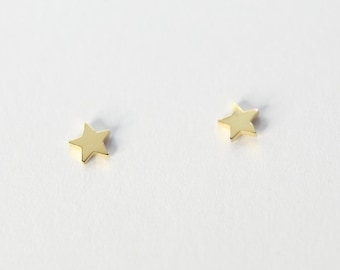 Kids stud earrings - SMALL STERNE, 925 silver plated, cute children's jewelry, special gift idea, dainty studs gift for her